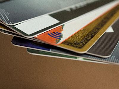 会社を辞める前にクレジットカードを作る理由
