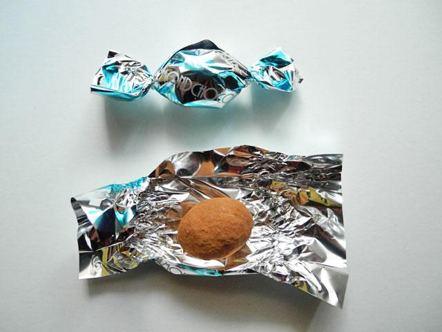 ココアアーモンドチョコレート